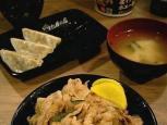 伝説のすた丼屋(横浜日ノ出町店) ミニすた丼と半餃子