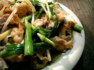 肉、野菜、ニラ、スタミナ定食2