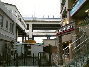 マクドナルド根岸駅前店にてアイコンチキン ソルト&レモンセット1