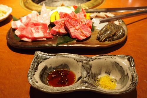 あぐー(牛)・石垣牛・海鮮盛り合わせだ!