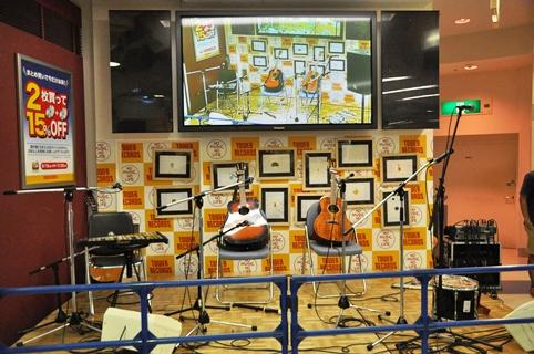 tv@新宿タワレコ