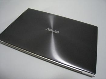 Asus_zenbook_UX21E_006.jpg