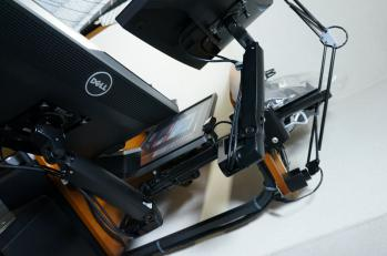 Ergotron_LX_Desk_Arm_BT861AA_010.jpg