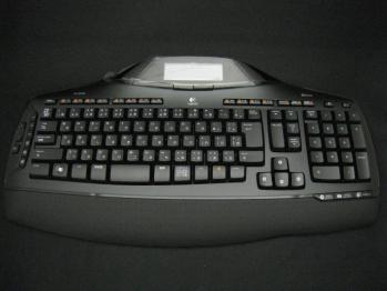 Logicool_Cordless_Desktop_MX-5500_Revolution_003.jpg