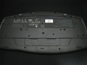 Logicool_Cordless_Desktop_MX-5500_Revolution_029.jpg