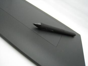 wacom_intuos4_wireless_PTK-540WL_013.jpg