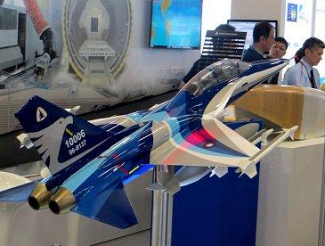 台湾国産の新型機はF16一族かREVdownsize