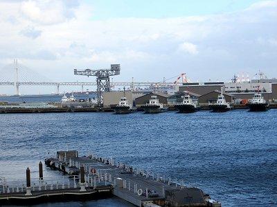 レインボーブリッジと曳き船downsize