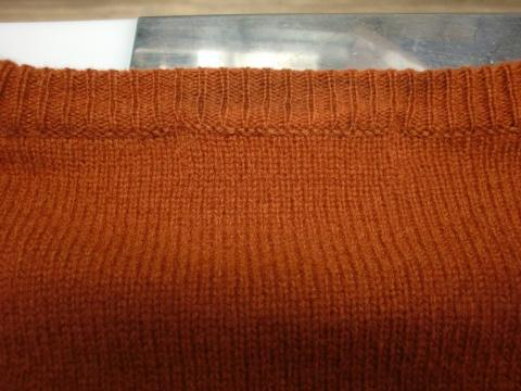 毛染めセーター20120706後2