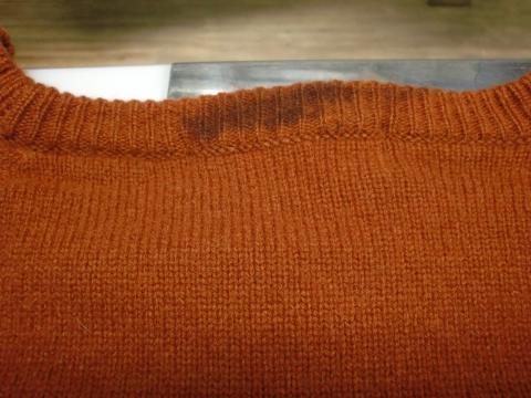 毛染めセーター20120706前2