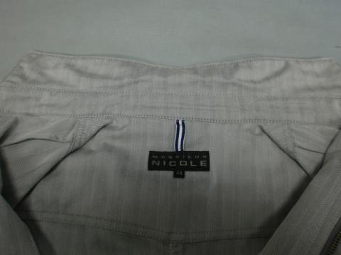 20121110襟黄ばみジャケット後2