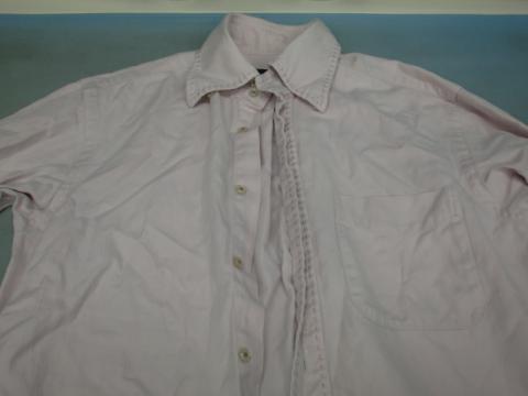 20121119ワイシャツ色移り前1