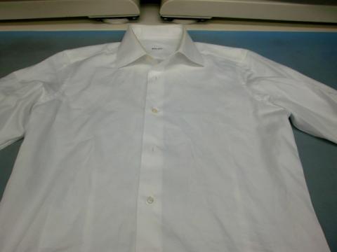 20121126黄ばみワイシャツ前1