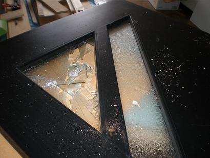 扉のガラス