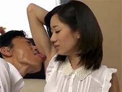 フェラチオ上手な人妻タレント:東凛がAVデビュー!ジックリ観察・舐めまわします!