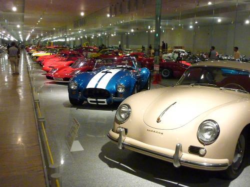 四国自動車博物館内