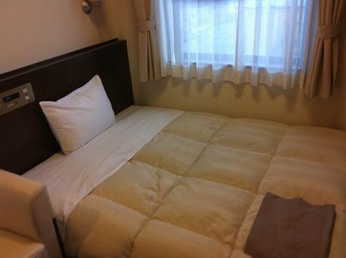 アクアホテルのベッド