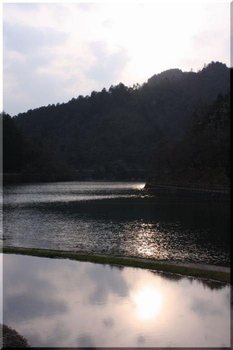 伊自良湖1