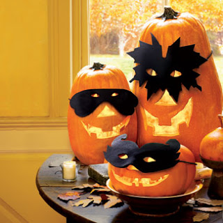 pumpkins-lanterns-masks-halloween-1007-fb.jpg
