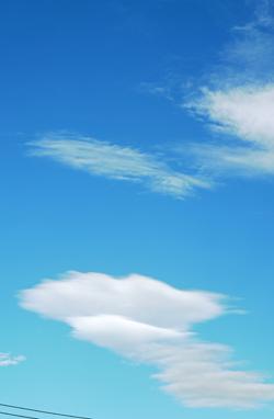 台風の後の雲