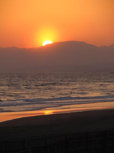 海に映る太陽2
