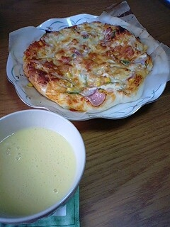 snowfrake作 ピザ&スープ