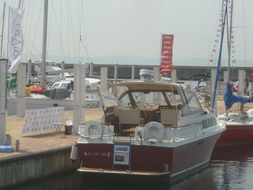 恒例のボートショー、-500