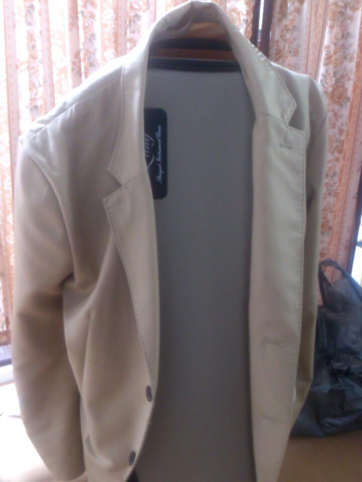 ジャケットを着たケース