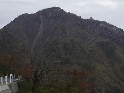 s-8:56普賢岳・平成新山