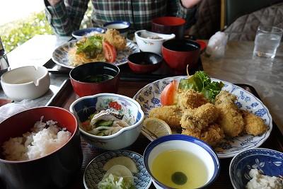 s-11:48かきフライ定食