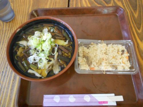 35山菜そばと舞茸ご飯