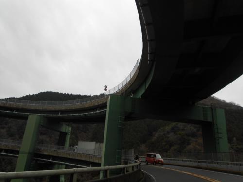 ⑩ループ橋
