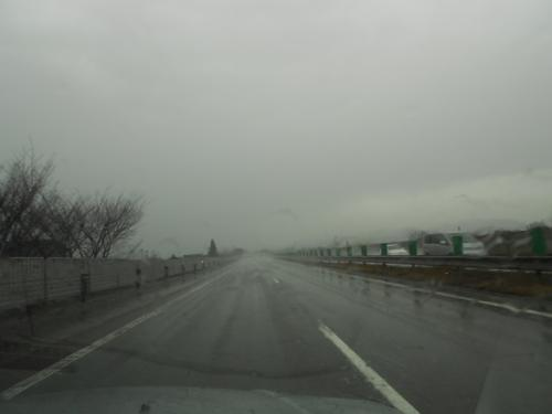 ⑭雨の北陸道