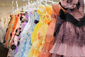 6カラードレス