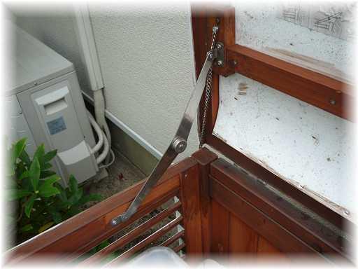 20121125屋外ゴミ箱修理2