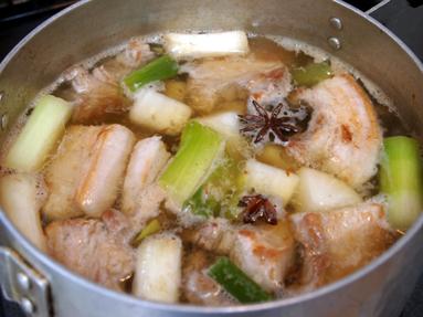中華風 豚の角煮作りま~す。