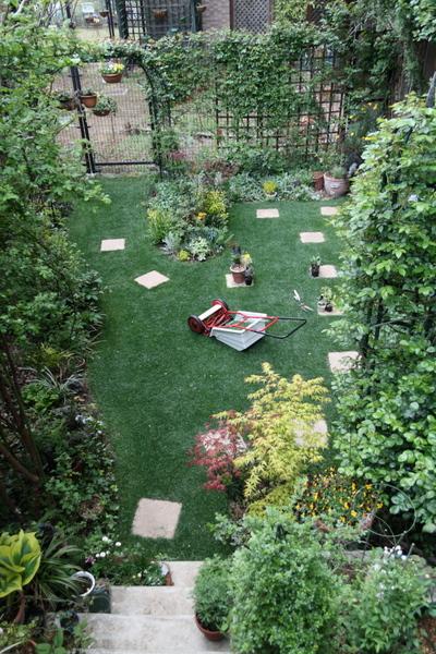 今日の芝刈り