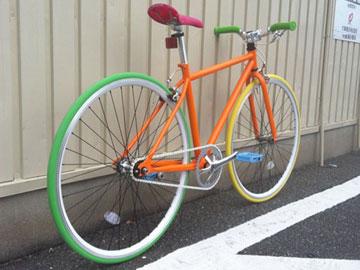 スポーツタイプ自転車 サイクリング 競技用ピストバイクのカスタマイズ