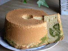 抹茶ときなこのマーブルシフォンケーキ