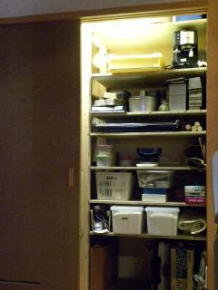 片付け後の食品庫