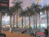 800px-Dubai_International_airport_interior[1]_R