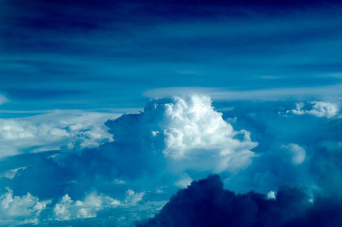 飛行機から見た雲002