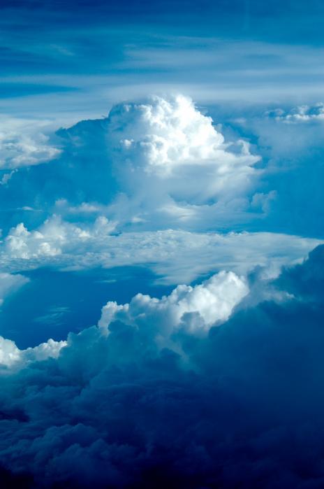飛行機から見る雲海001