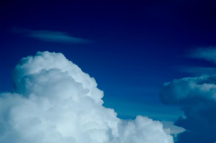 飛行機から見る雲海002