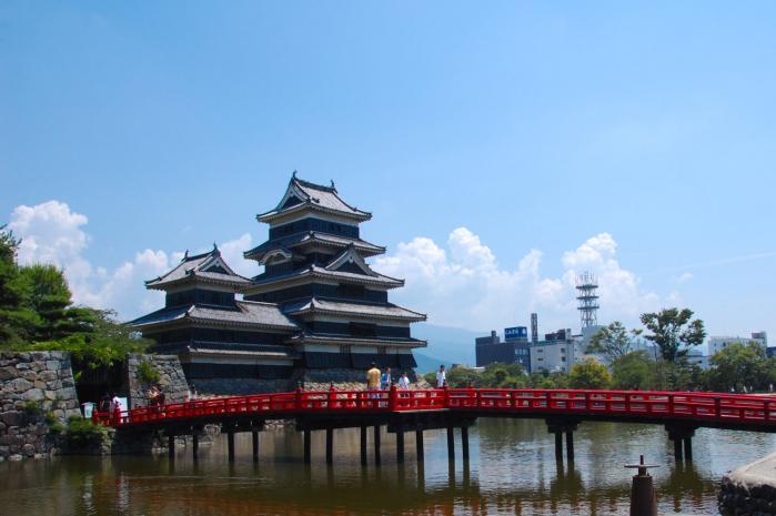 松本城・複合連結式層塔型5重6階
