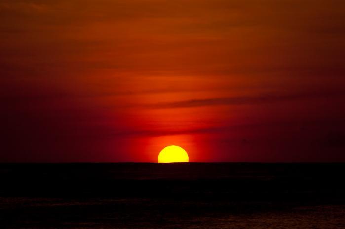 夕日・海と夕焼け