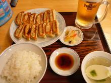 ダブル餃子定食、生ビール中ジョッキ