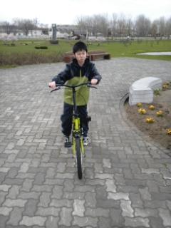 自転車(サトランド5月)