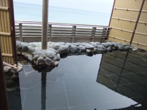 500海と露天風呂全体DSCF5861