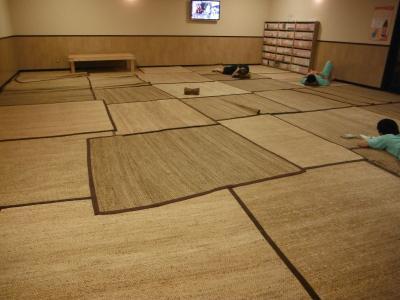 400サウナ休憩室DSCF4294